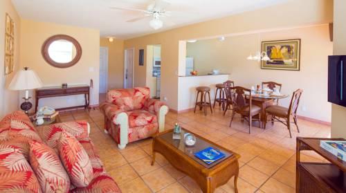 Island Seas Resort suite