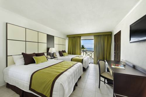 Viva Wyndham Fortuna Beach bedroom